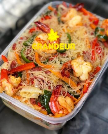 smoked-chicken-prawn-vermicelli-noodles